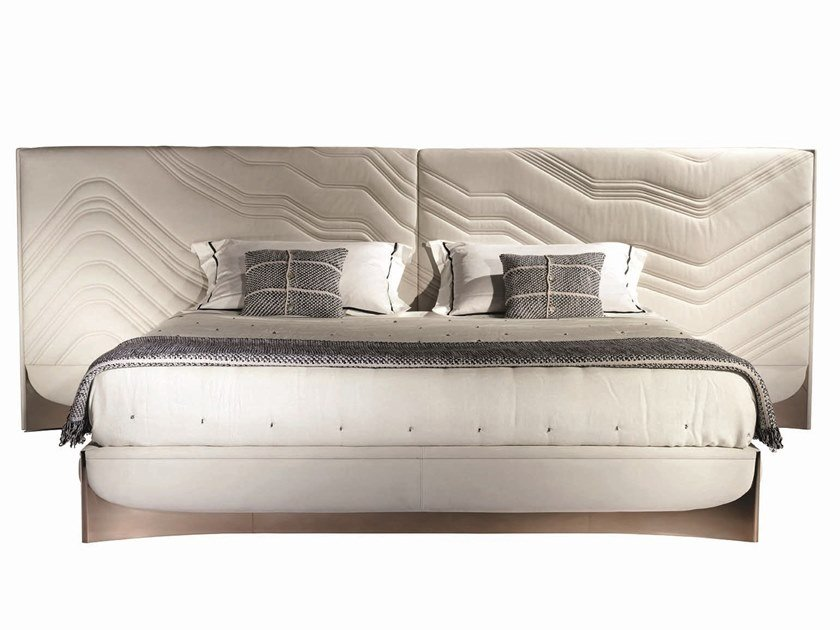 Ebony double bed with upholstered headboard CÀ FOSCARI | Bed by Visionnaire