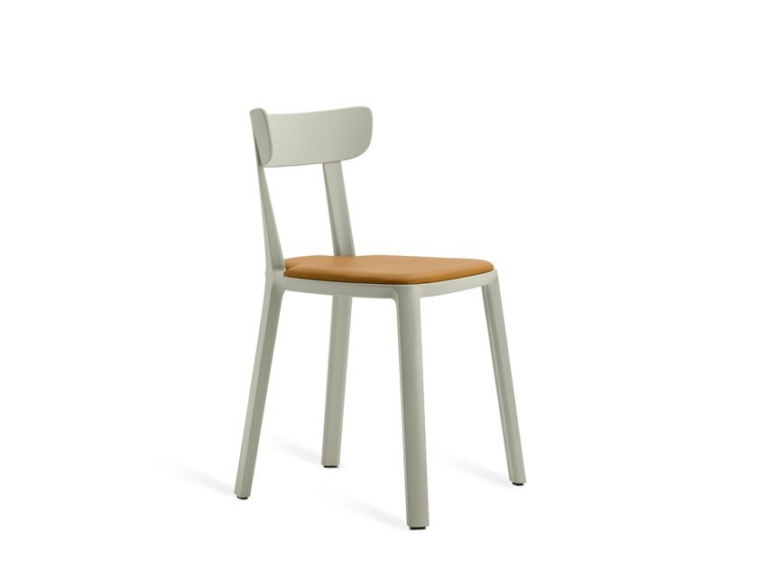 Upholstered chair CADREA | Upholstered chair by TOOU