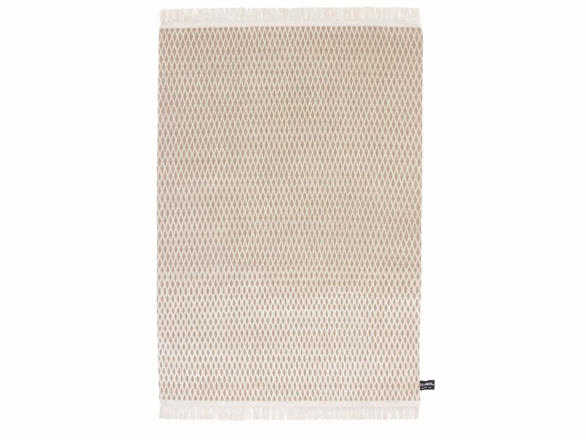 Handmade custom rug CAGE UNDYED by cc-tapis