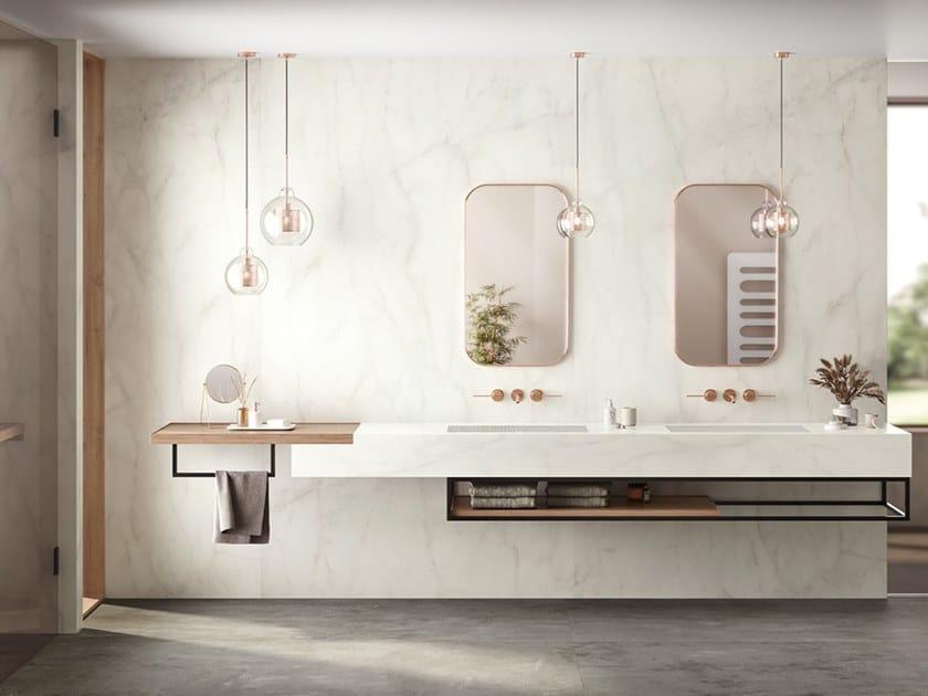 Rivestimento in gres porcellanato effetto marmo CALACATTA DELICATO by Atlas Plan