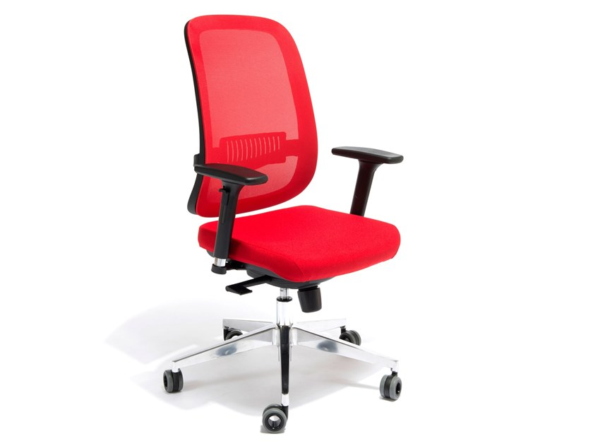 Task chair with 5-Spoke base with armrests CALIFORNIA by AP Factor