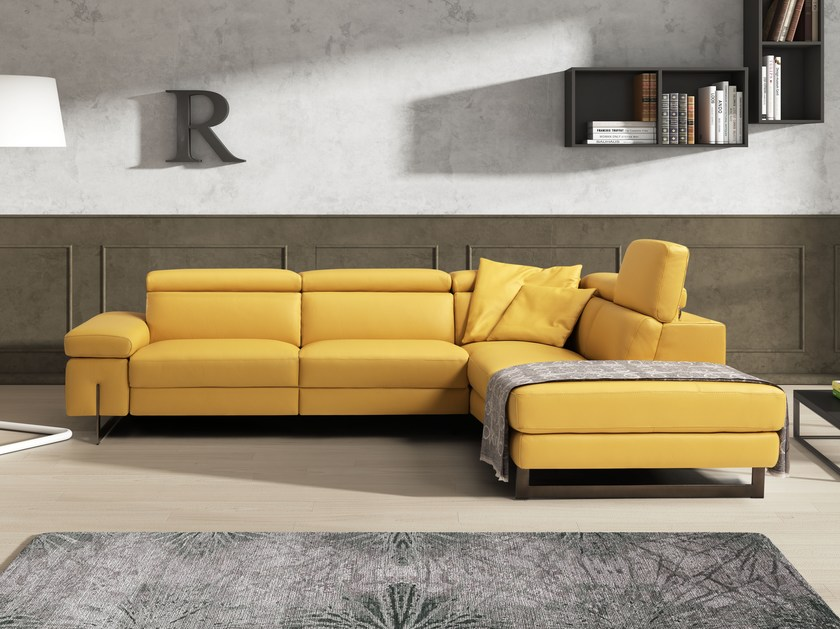 Corner leather sofa with electric motion