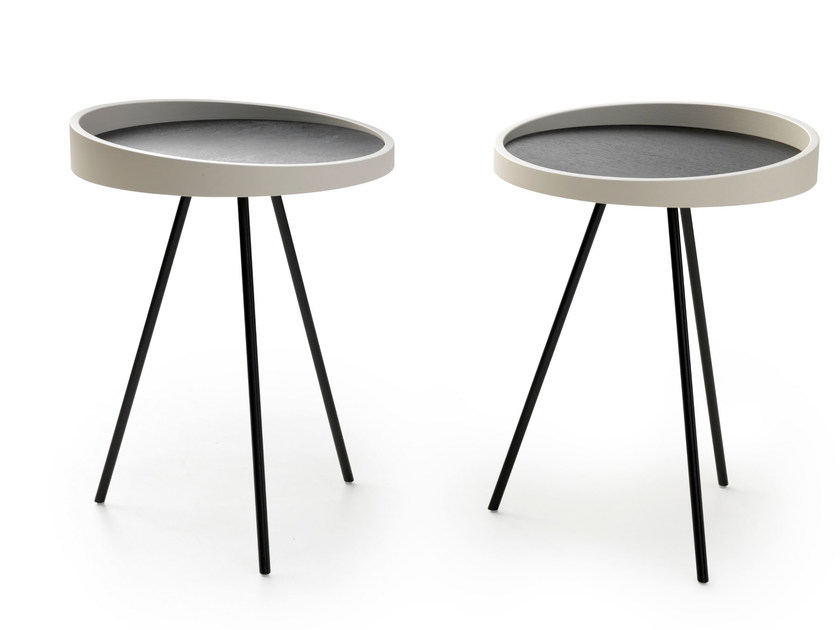 Round coffee table CANNA | Side table by LEOLUX