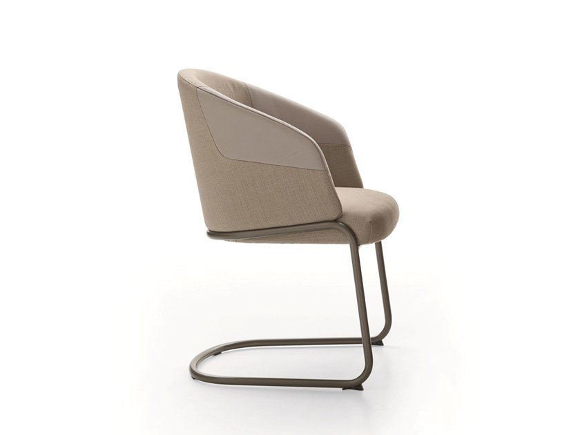 Cantilever chair with armrests CENTRAL PARK | Cantilever chair by Ditre Italia
