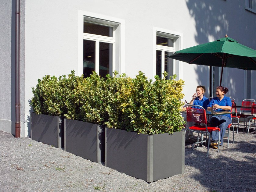 Low cement Flower pot CARAT by SWISSPEARL Italia