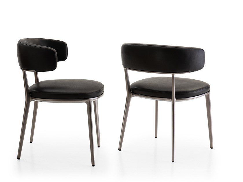 Upholstered leather chair with armrests CARATOS | Chair with armrests by Maxalto