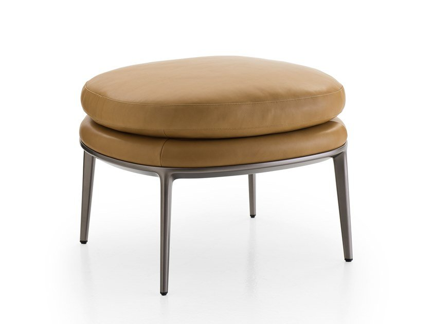 Upholstered round leather pouf CARATOS | Pouf by Maxalto