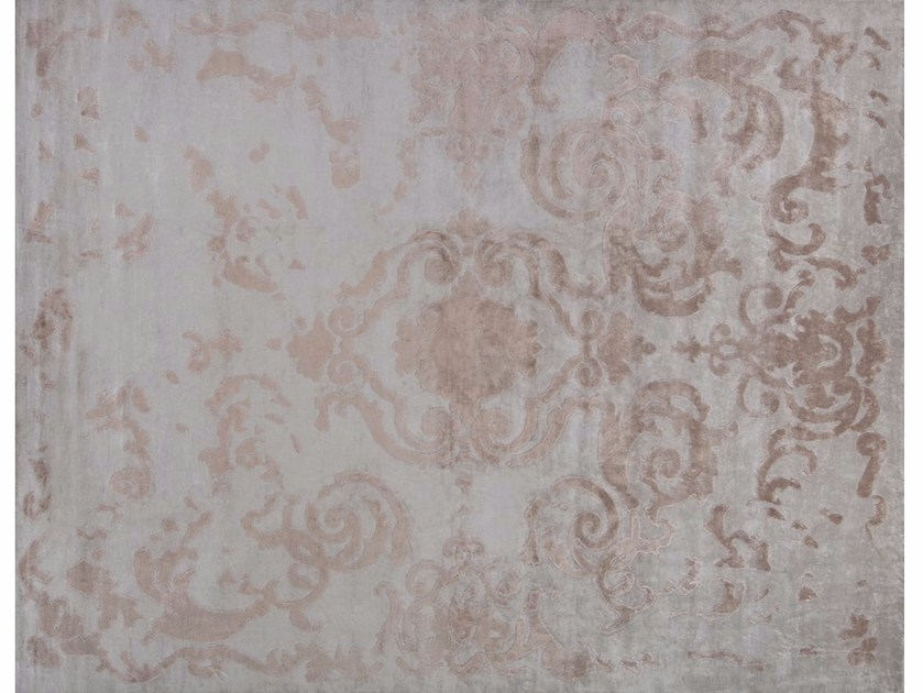 Handmade rectangular rug CARDINAL VINTAGE SILVER by EDITION BOUGAINVILLE