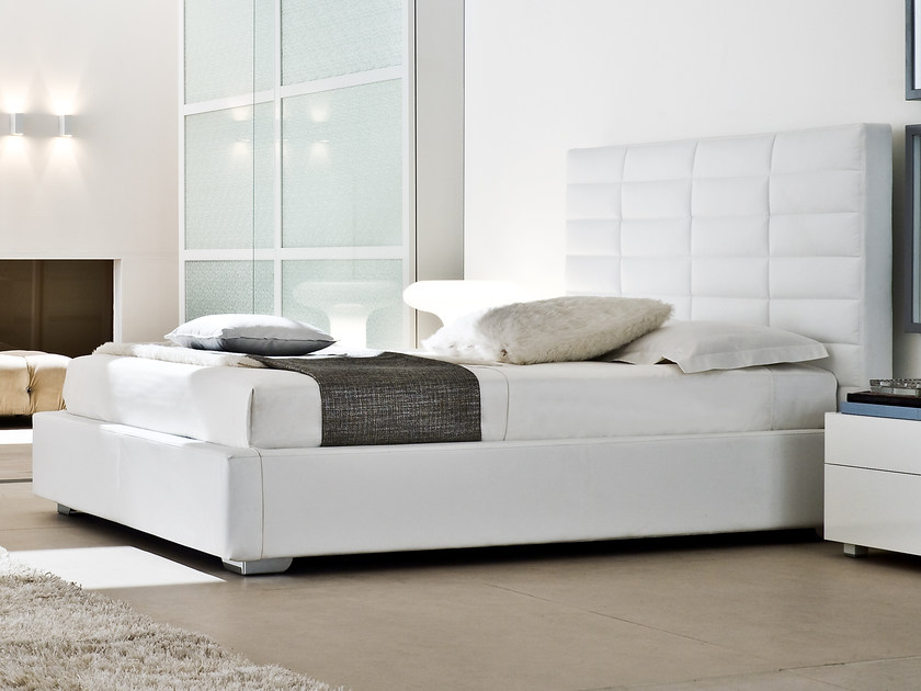 Upholstered double bed CARLOS by Silenia