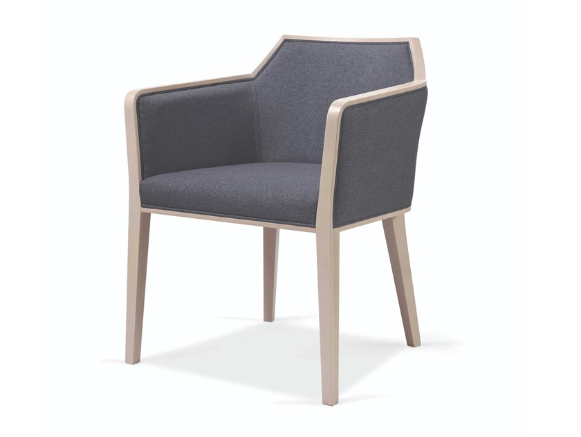 Cadeira estofada de tecido com braços CARPIEN MAPLE by Fenabel