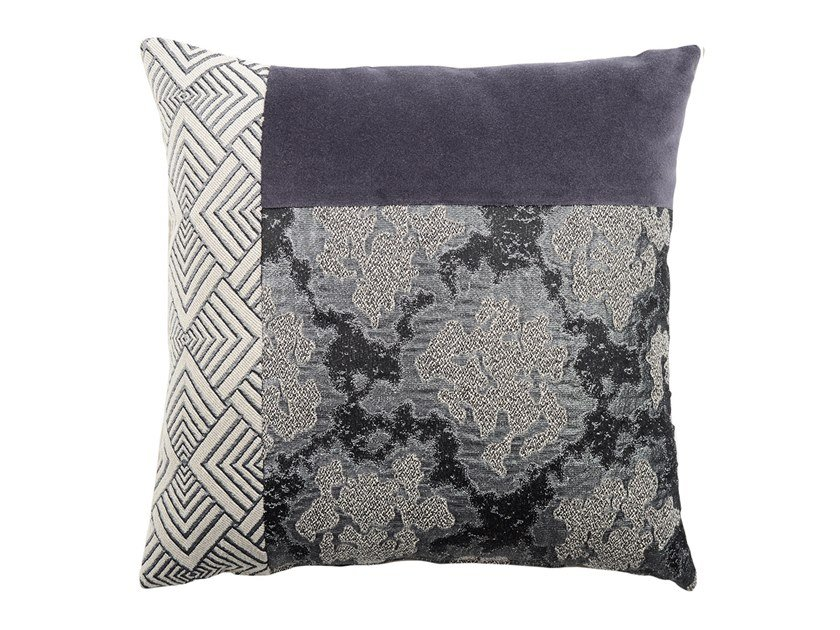 Square fabric cushion CARRÉ T 184-15 by l'Opificio