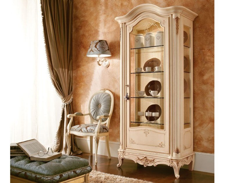 Lacquered wooden display cabinet CASA PRINCIPE | Lacquered display cabinet by Valderamobili