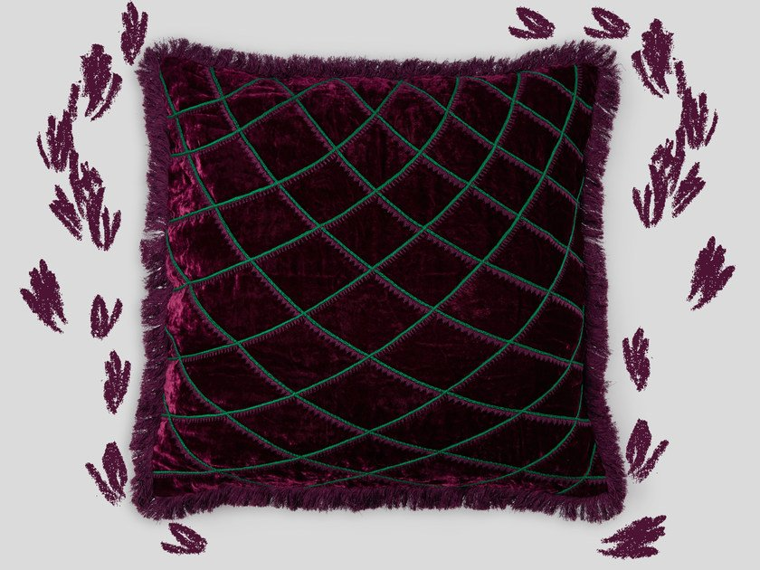 Hand embroidered cushion CASTELAR by Jupe by Jackie