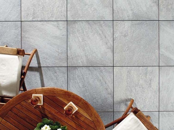 Pavimento per esterni effetto pietra CASTELLO GREY by GRANULATI ZANDOBBIO