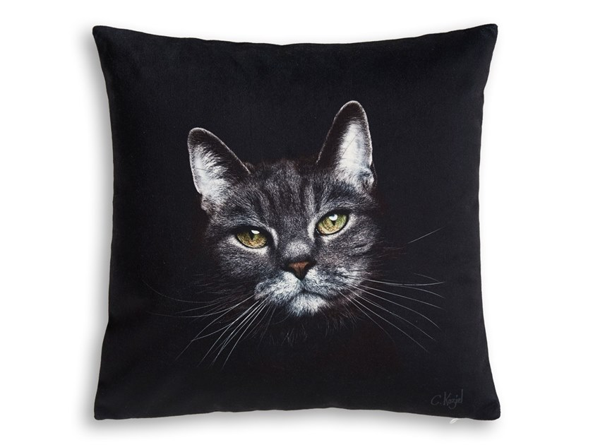 Square cushion CAT by Koziel