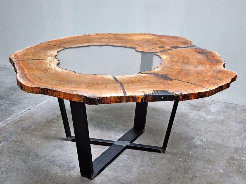 con piano in legno di cedro e resina CEDAR WOOD TABLE By Azimut-Resine