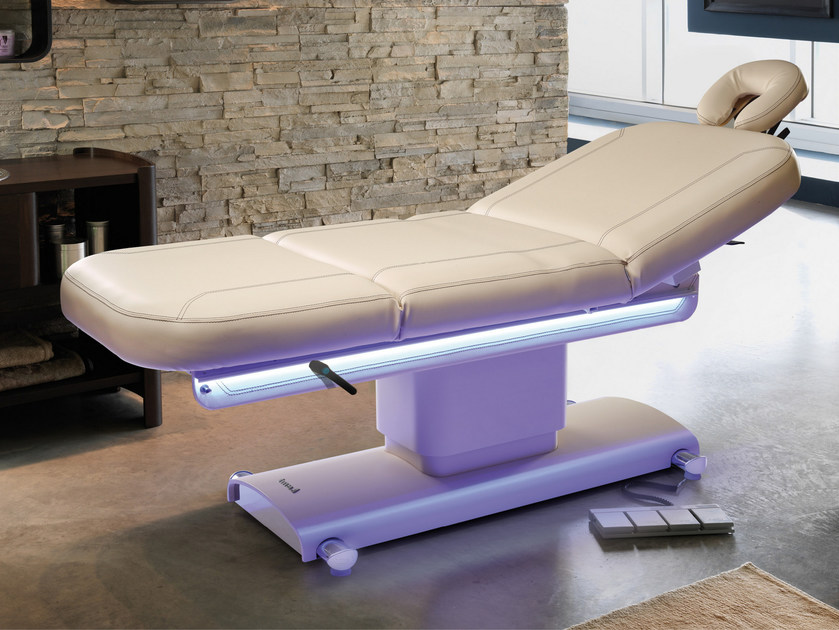 Lettino Pieghevole Per Massaggio.Lettino Per Massaggi Elettrico Pieghevole Centrun Lemi Group