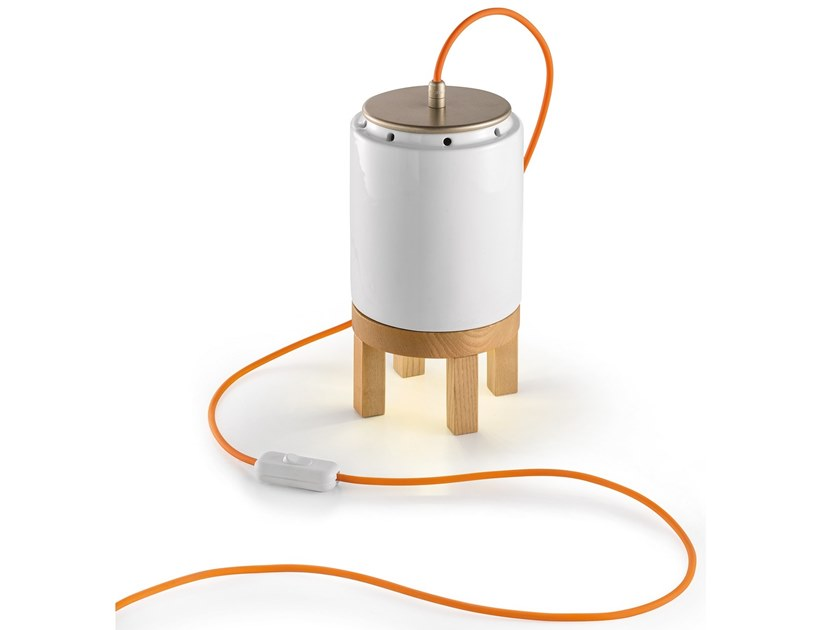 Indirect light ceramic table lamp MATECA | Ceramic table lamp by FERROLUCE