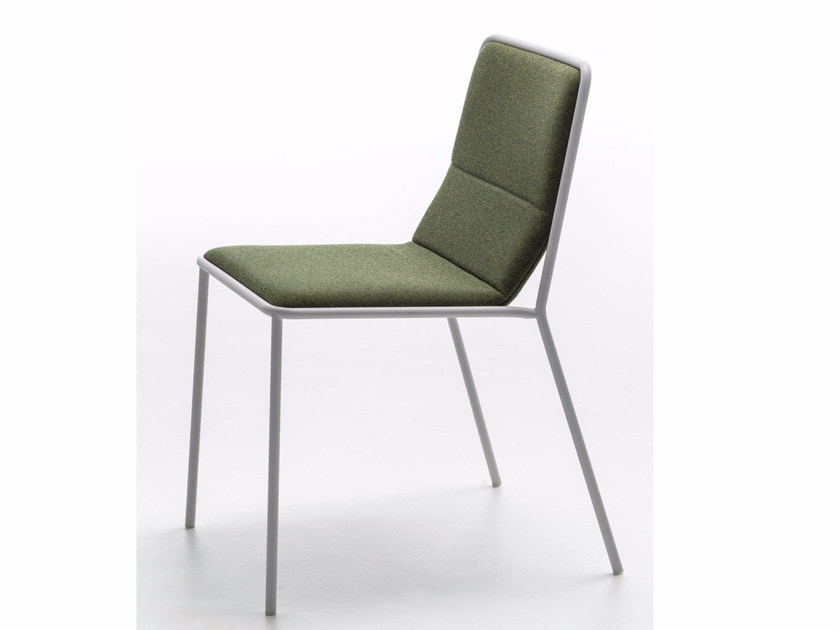 Upholstered fabric chair TRES FABRIC | Restaurant chair by arrmet
