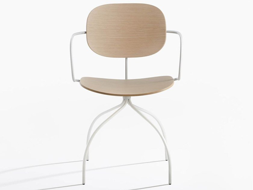 Wooden chair with armrests MAGENTA | Chair by IOC