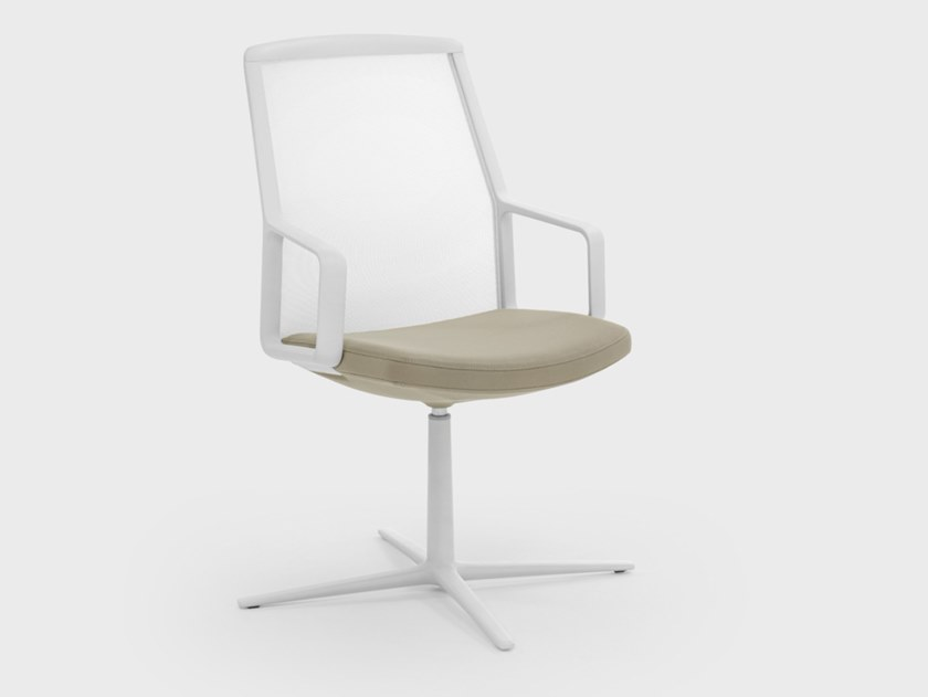 Mesh chair with 4-spoke base with armrests ADELE   Chair with 4-spoke base by Viganò