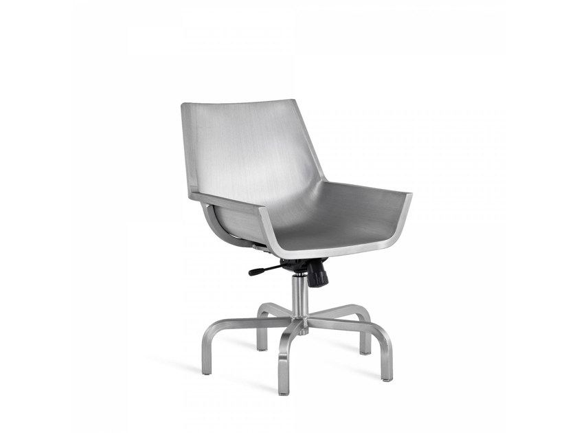 Aluminium chair with 5-spoke base SEZZ | Chair with 5-spoke base by Emeco