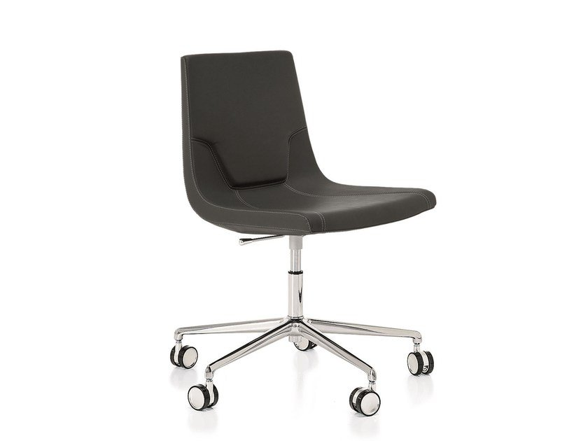 Swivel leather task chair with 5-Spoke base ELLE 48 | Task chair with casters by Emmegi