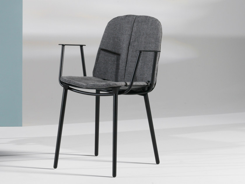 Fabric chair with armrests LAYERS | Chair with armrests by Joli
