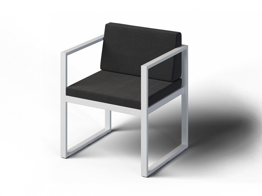 Garden chair with armrests FORMAL | Chair with armrests by Laubo