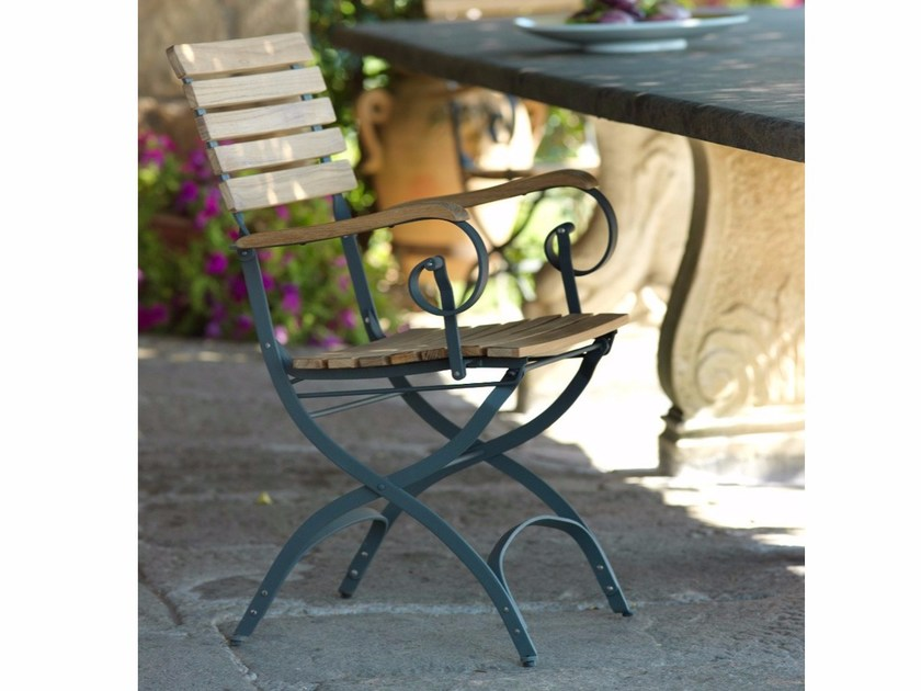 Teak garden chair with armrests MARGOT | Chair with armrests by Unopiù