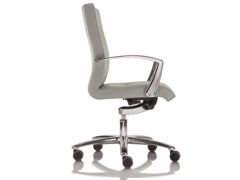 Low back executive chair with 5-spoke base YOUSTER | Executive chair with armrests by Luxy