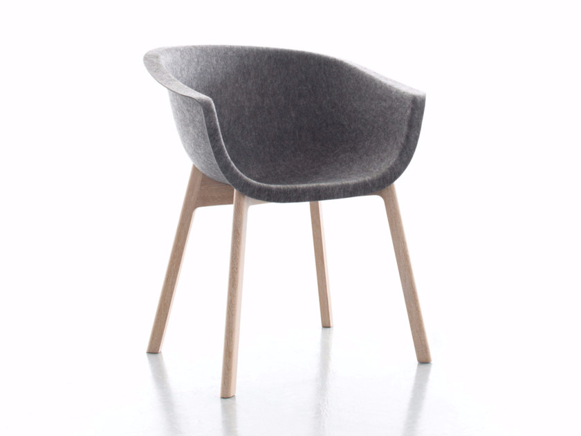 Upholstered fabric chair with armrests CHAIRMAN WOOD | Chair by conmoto