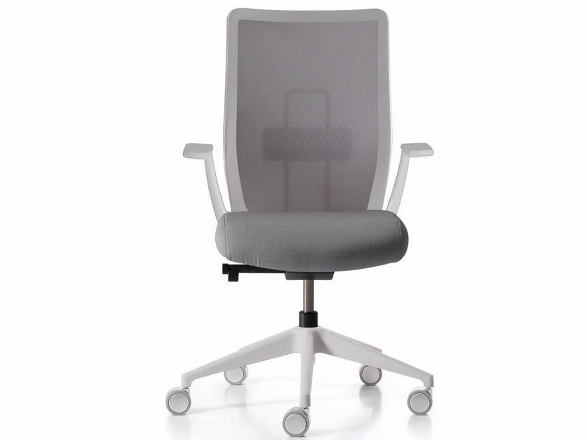 Height-adjustable task chair with 5-Spoke base with armrests CHANCE by Quinti Sedute