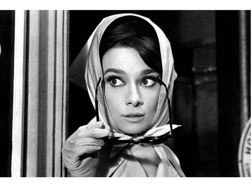Stampa fotografica AUDREY HEPBURN - FILM CHARADE by Artphotolimited