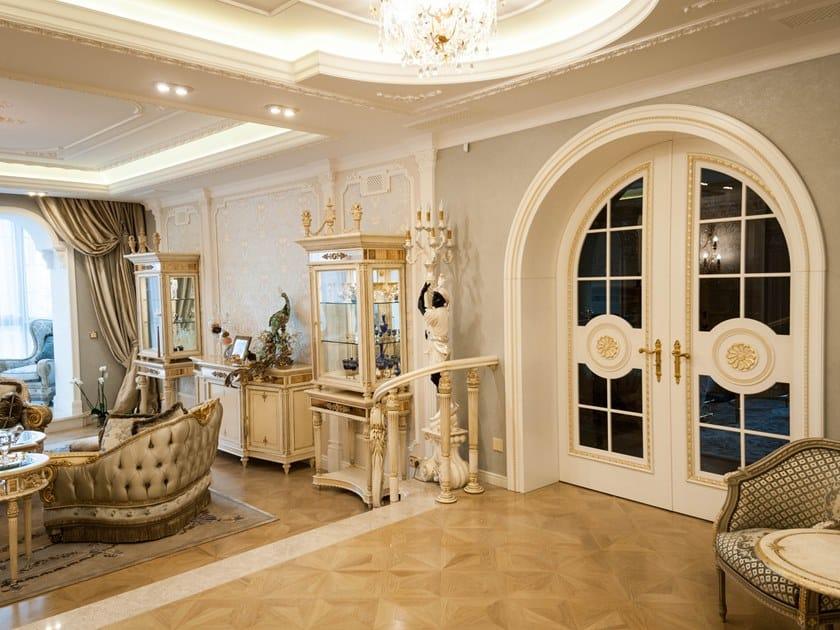 Wooden boiserie / door SOGNO | Boiserie Chelyabinsk by Martini Interiors