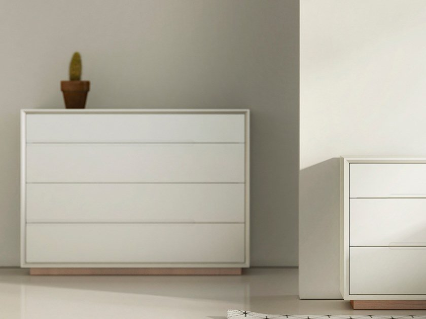 Wooden chest of drawers ARES | Chest of drawers by WUDA