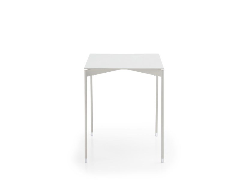 Square side table CHIC TABLE CS30 by profim