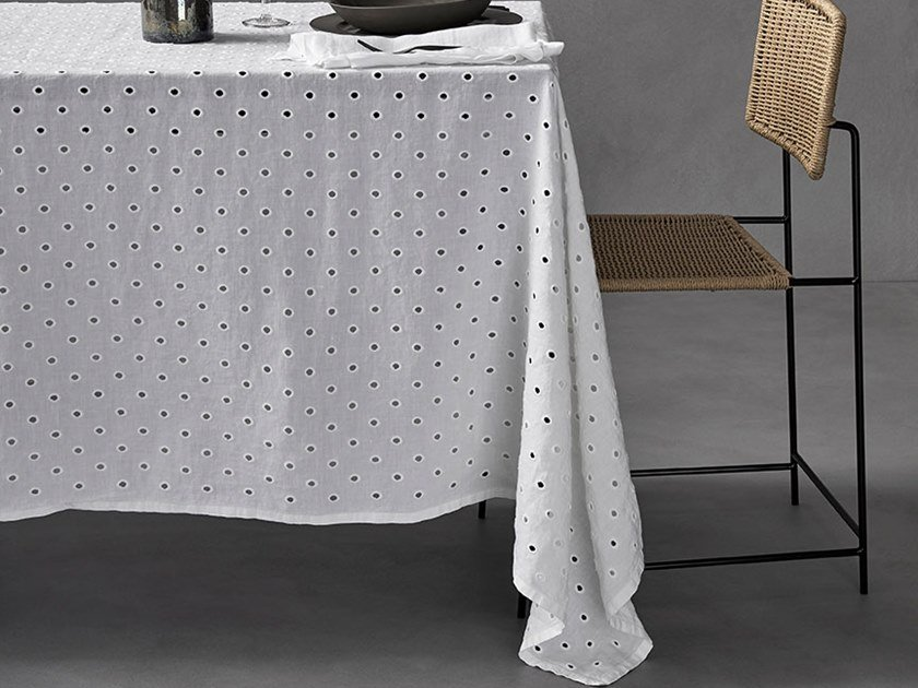 Linen tablecloth CIRCLE by Society Limonta