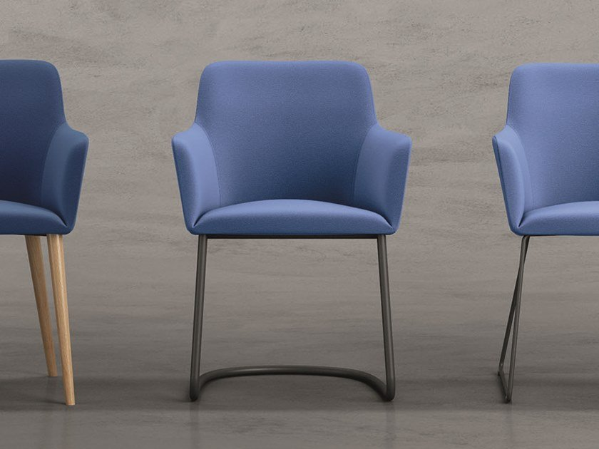 Cantilever upholstered chair CITY | Cantilever chair by Quadrifoglio