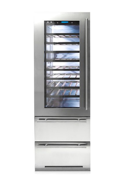 Wine cooler with glass door with built-in lights CLASSIC 75 | Upright wine cooler by FHIABA