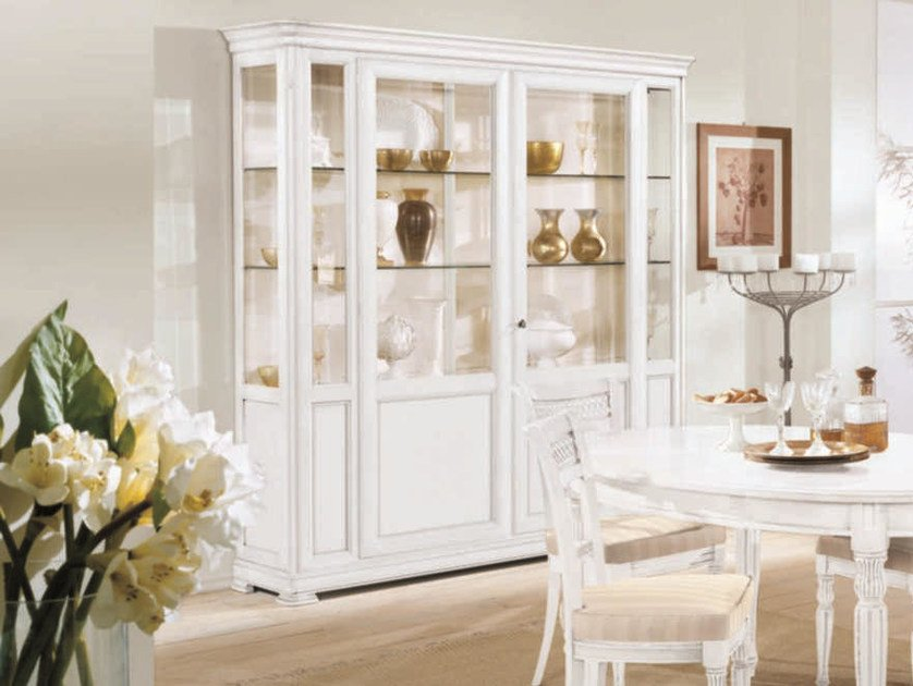Lacquered solid wood display cabinet CAPRI | Lacquered display cabinet by Arvestyle