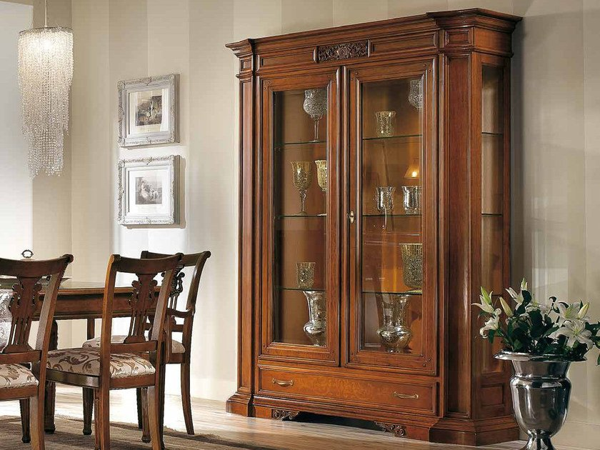 Solid wood display cabinet VIVRE LUX | Solid wood display cabinet by Arvestyle