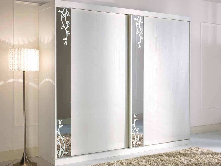 Lacquered solid wood wardrobe with sliding doors PRIMA CLASSE | Mirrored wardrobe by Arvestyle