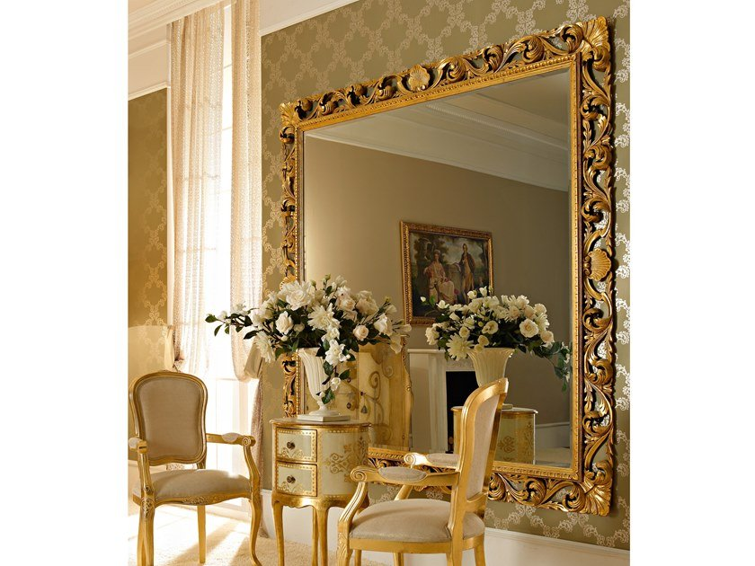 Square wall-mounted gold leaf mirror OPERA | Square mirror by Andrea Fanfani