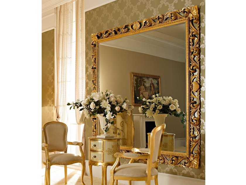 Square wall-mounted gold leaf mirror CLASSICO | Square mirror by Andrea Fanfani