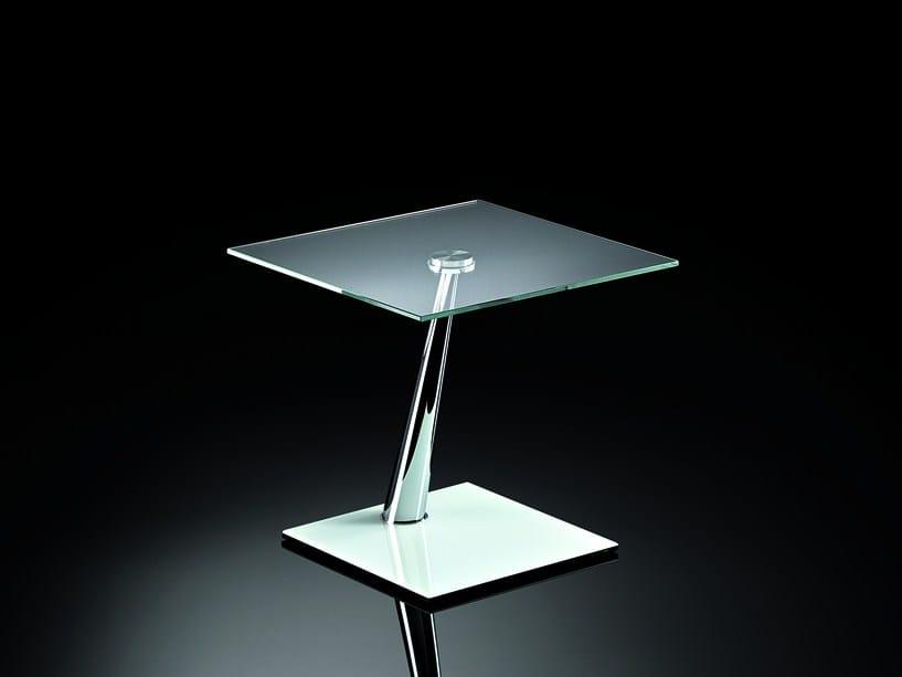 CLAY | Tavolino di servizio By NAOS design Arnaldo Gamba