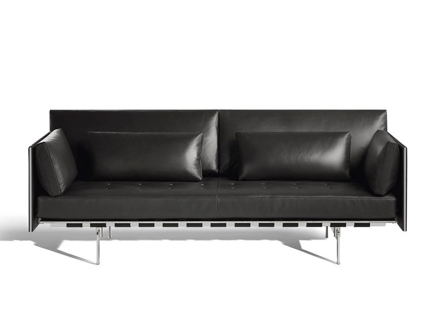 clayton sofa aus leder kollektion the collection sofa and armchairs by poltrona frau design. Black Bedroom Furniture Sets. Home Design Ideas