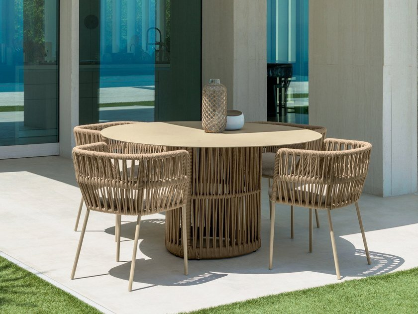 Round garden table CLIFF | Round table by Talenti