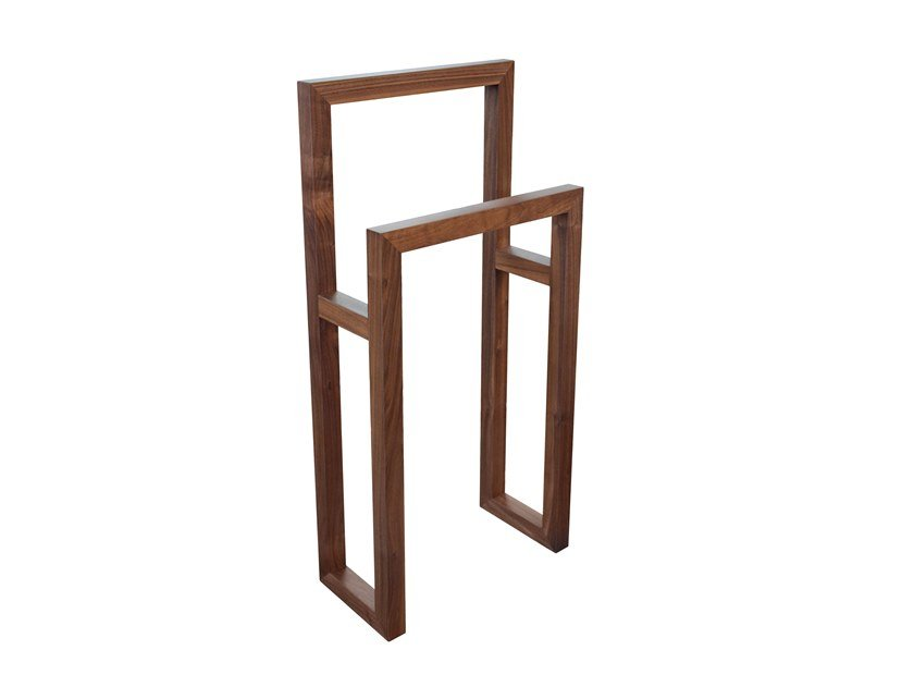 Solid wood valet stand CLIP by Conceito Casa