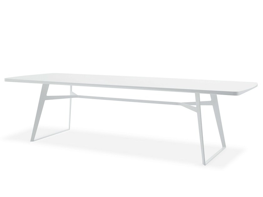 Lacquered rectangular wood veneer table CLIPPER | Lacquered table by poliform